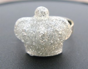 Vintage glitter crown ring by PlumAdore, $7.50