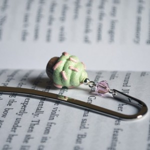 Minty the Happy Cupcake bookmark by littlegenschi, $6.50