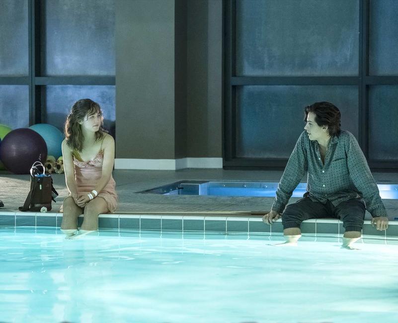 Five Feet Apart - pool scene