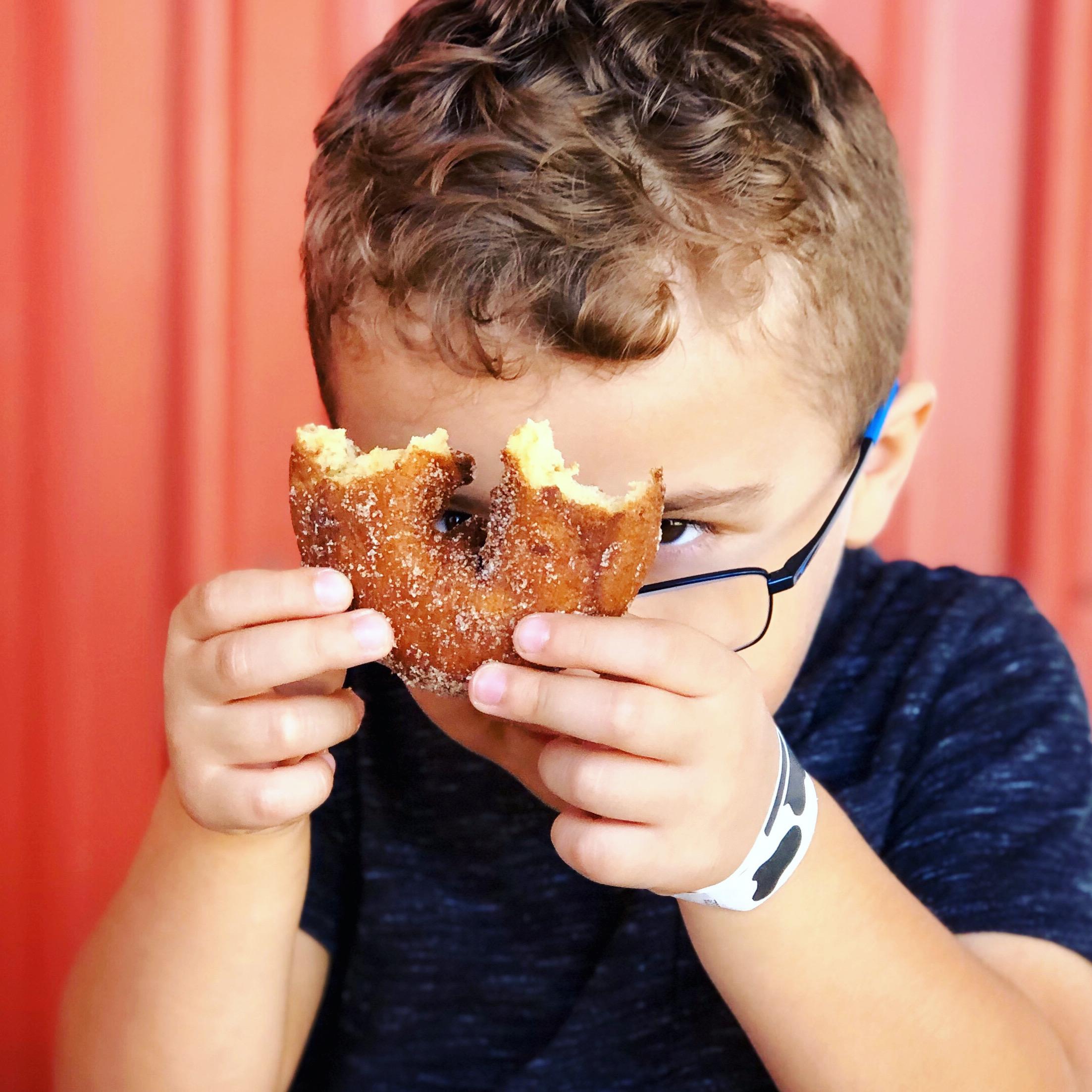 Ollie apple donut
